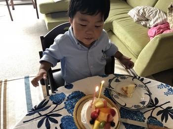 Alan2歳4ヶ月_3.jpg